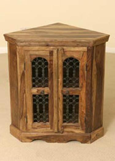 Darius Kitchen Cabinet cornor
